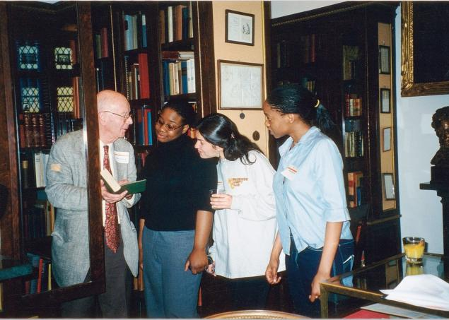 COURTESY OF PRINCETON UNIVERSITY Scheide shows students the collection's copy of Darwin's The Origin of Species in March 2000.