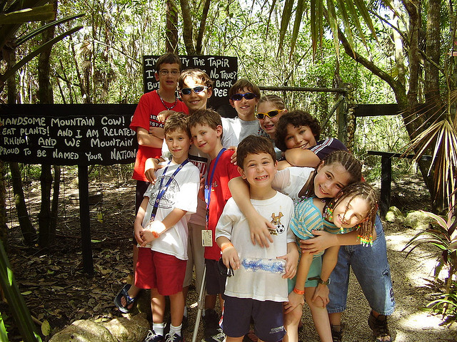 kids-at-the-belize-zoo