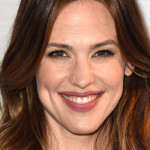 """WEST HOLLYWOOD, CA - MARCH 04:  Actress Jennifer Garner attends Sony Pictures Releasing's """"Miracles From Heaven"""" Photo Call at The London Hotel on March 4, 2016 in West Hollywood, California.  (Photo by Frazer Harrison/Getty Images)"""