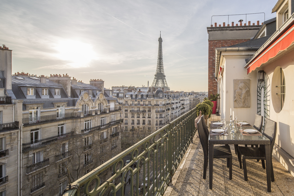There's nothing more romantic than a view of the Eiffel Tower. Photo: Paris Perfect